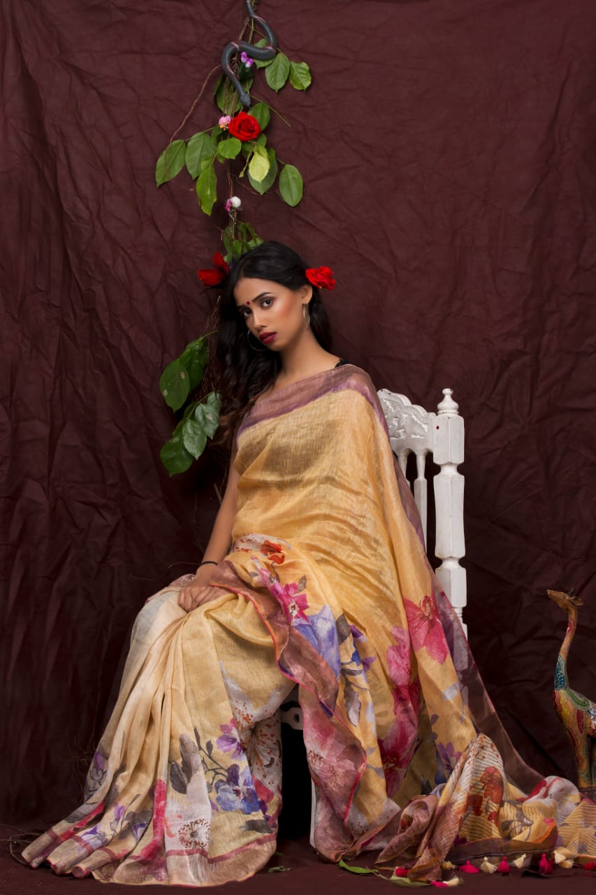 FLOWER MOTIF CREAM LINEN SILK SAREE